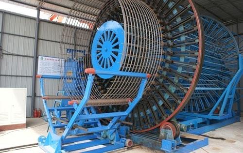 国内大口径双筋并绕全自动滚焊机用于武汉双强、中山建华